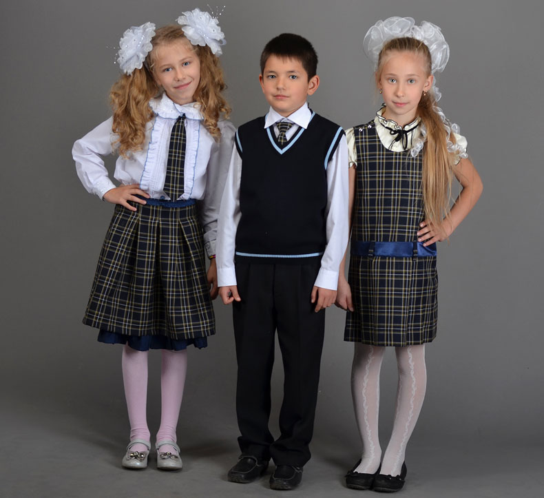 Картинки по запросу школьная форма школа 12 чел
